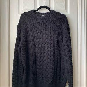 Uniqlo black knit sweater